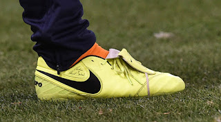 promo code a91b5 5c6ff Francesco Totti Receives Unreleased One-of-a-Kind Nike ...