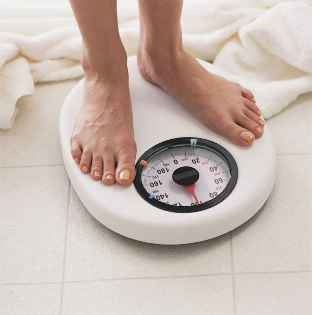 Cermati Saat Paling Baik Menimbang Berat Badan