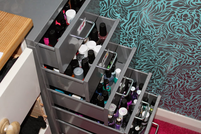 IKEA Helmer - Nail Varnish Polish Storage