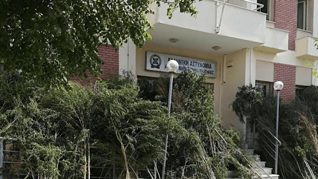 Εκατοντάδες 4μετρα χασισόδεντρα έφραξαν την είσοδο αστυνομικού τμήματος