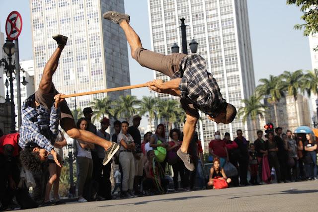 ZUMB.BOYS ENCERRA FESTIVAL DE ANIVERSÁRIO EM ARTUR ALVIM