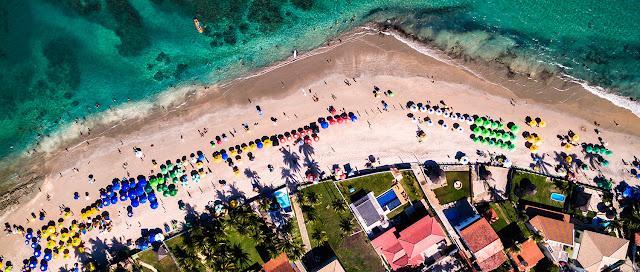 Vista aérea da Praia de Porto de Galinhas-PE