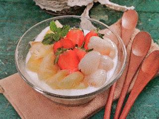 Gambar Resep Minuman Segar Buah Campur Yogurt