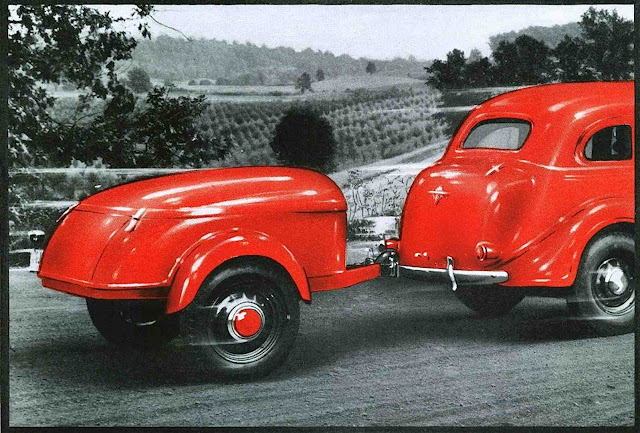 1937 Mullins trailer & car in red
