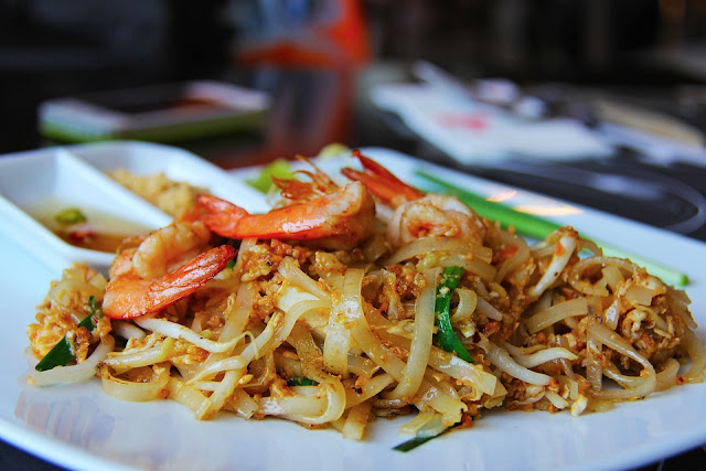 How to Cook Pad Thai - RictasBlog