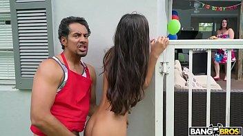 Encuentra A Su Hija Teniendo Sexo Le Roba El Novio A Su Mam??