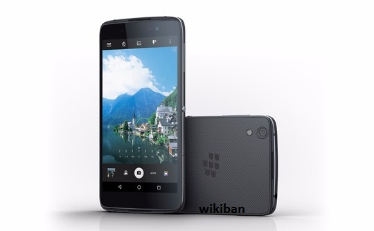difference between blackberry dtek50 and blackberry priv