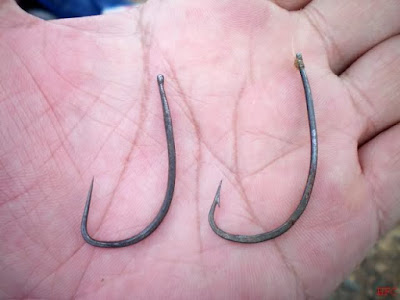 Image 4: Hooks for Catfish