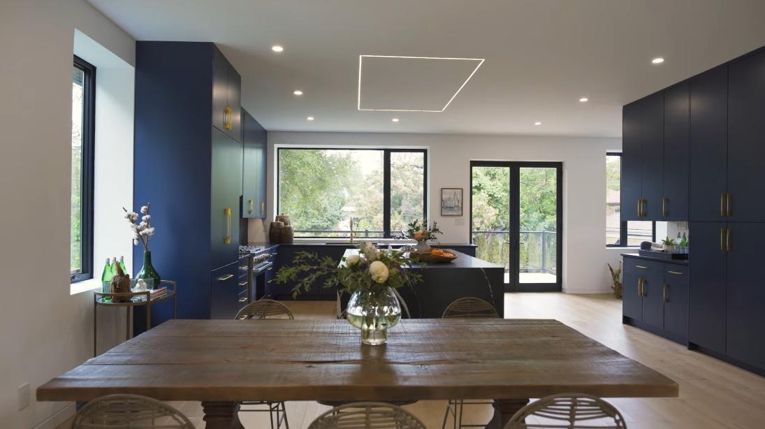41 Interior Design Photos vs. 4 Velma Dr, Toronto Luxury Home Tour
