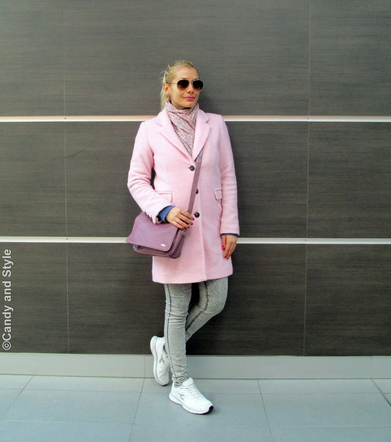AviatorShades+PinkCoat+BlueSweatshirt+Jeggings+WhiteTrainers+PinkBag+HighPonytail+RedNails+PinkLips - Lilli Candy and Style Fashion Blog
