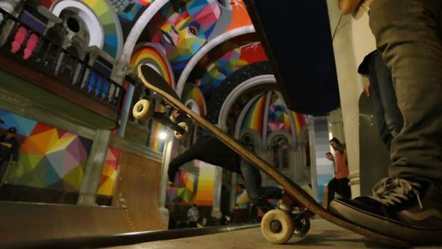 graffiti de Okuda San Miguel en iglesia skatepark