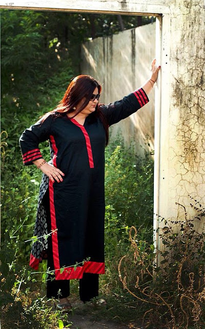india woman, merchandising online, fashion merchandising degree online, online fashion merchandising schools, fashion merchandising programs online, fashion merchandising online, best online schools for fashion merchandising, merchandising degree online, Fashion Styles For Plus Size Ladies, 2018 fashion, fall fashion outfits, special occasions, retail merchandising degree online