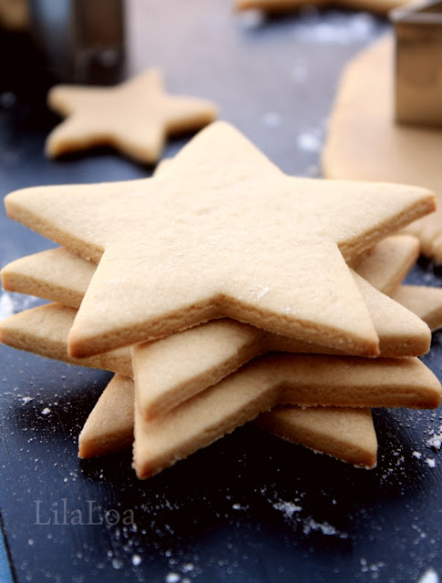 Sugar cookies with sharp edges