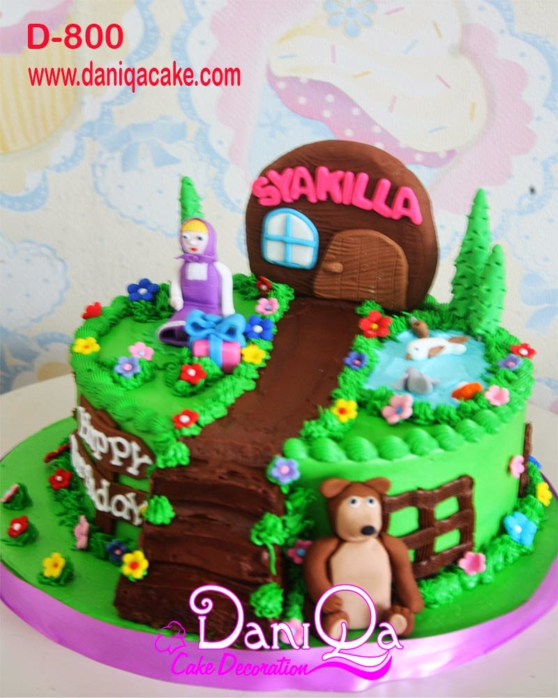 DaniQa Cake And Snack: Kue Ulang Tahun Marsha And The Bear