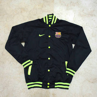gambar desain terbaru jaket varcity musim depan foto photo kamera Jaket Baseball Barcelona warna hitam list hijau terbaru musim 2015/2016 di enkosa sport toko online terpercaya lokasi di jakarta pasar tanah abang