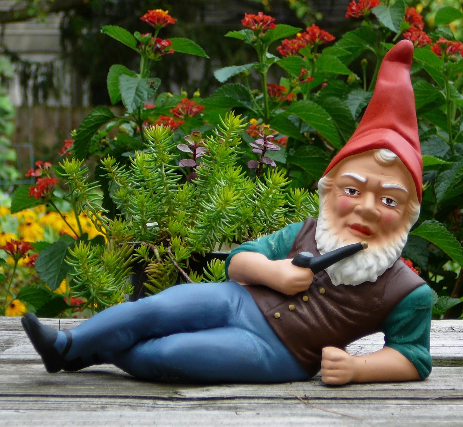 Gnome 4: Ecole Puntledge Park School Garden