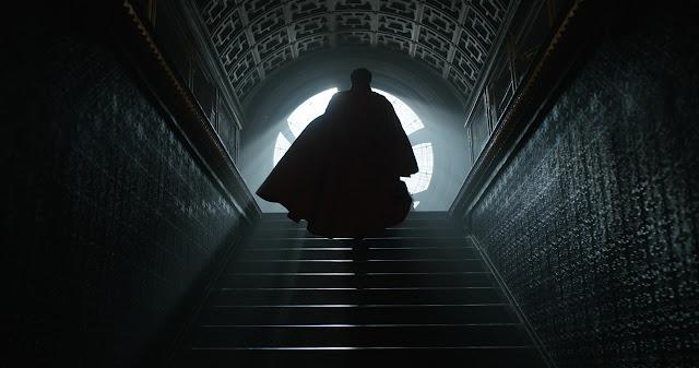 """Trailer inédito, pôsteres de personagens e imagens de """"Doutor Estranho"""", com Benedict Cumberbatch e Tilda Swinton"""