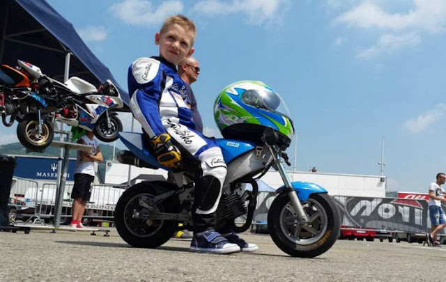 Niño piloto de minimotos muere; salvará vidas con órganos