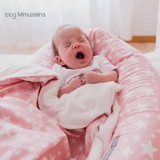 bostezo bebe arrullo mimoso manta bebé cojín lactancia cojín nido mimuselina blog