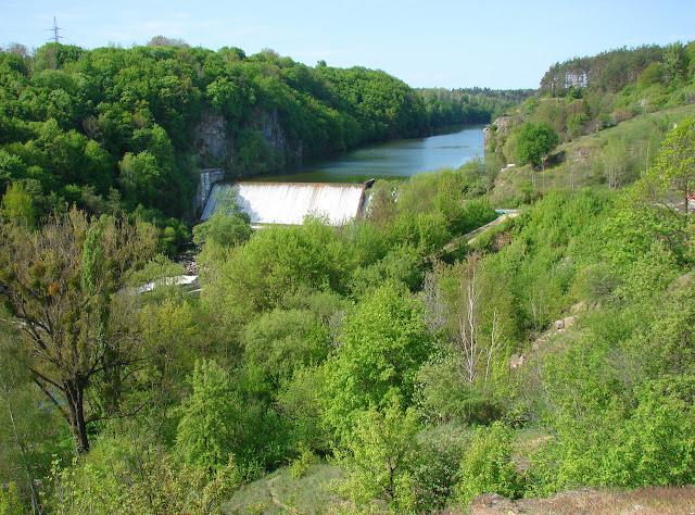 Житомир, плотина водохранилища на реке Тетерев