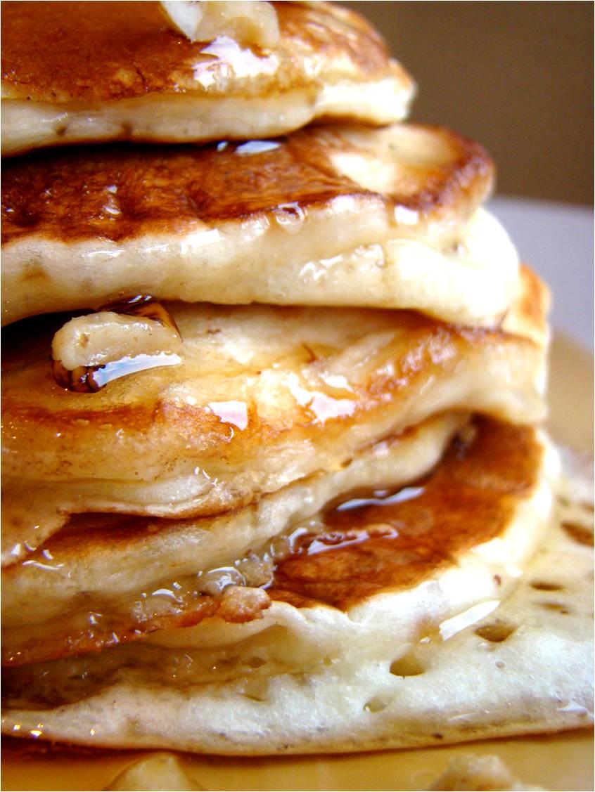 Family Feedbag Banana Buttermilk Pancakes