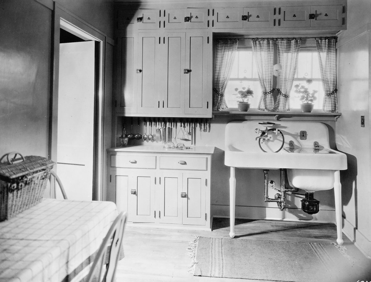 Vintage Kitchen Sink American foursquare circa 1910 the kitchen sink oops a bad decision american foursquare circa 1910 workwithnaturefo