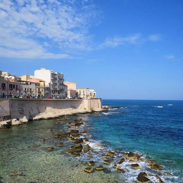 Road trip in Sicily - Siracusa seaside