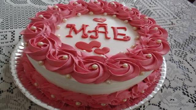 Bolo Dia das Mães (Imagem: Reprodução/Festas.site)