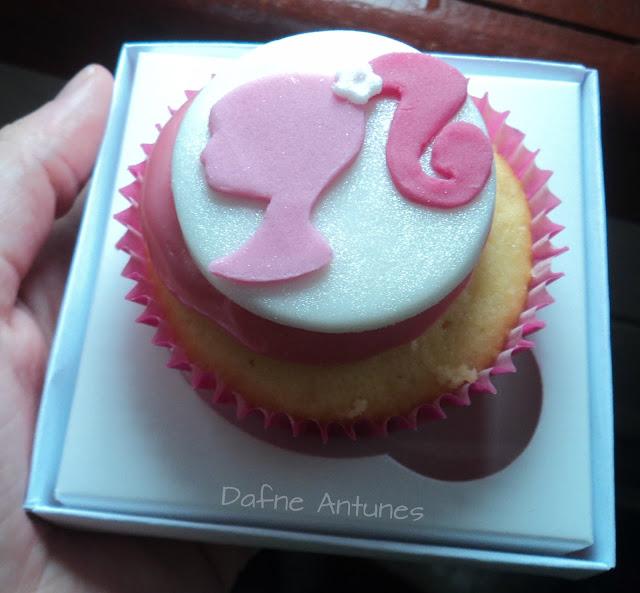Cupcake de perfil da Barbie