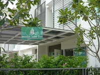 Model Kanopi Kaca Minimalis Pada Bangunan Rumah Modern