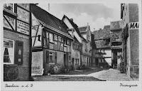 Quelle: Stadtarchiv Bensheim, Bereich: Hasengasse lfd.No. 0011 - Bild des HasenviertelsMitte der 1930er Jahre