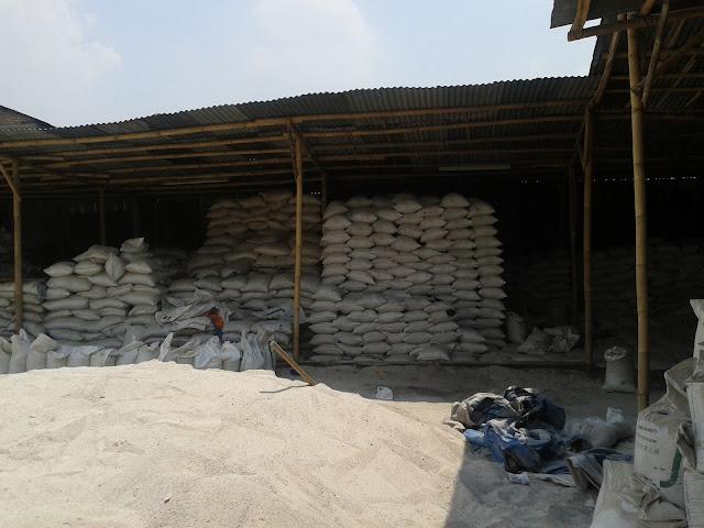 Gudang Pasir Silika/Silica Sand Ady Water