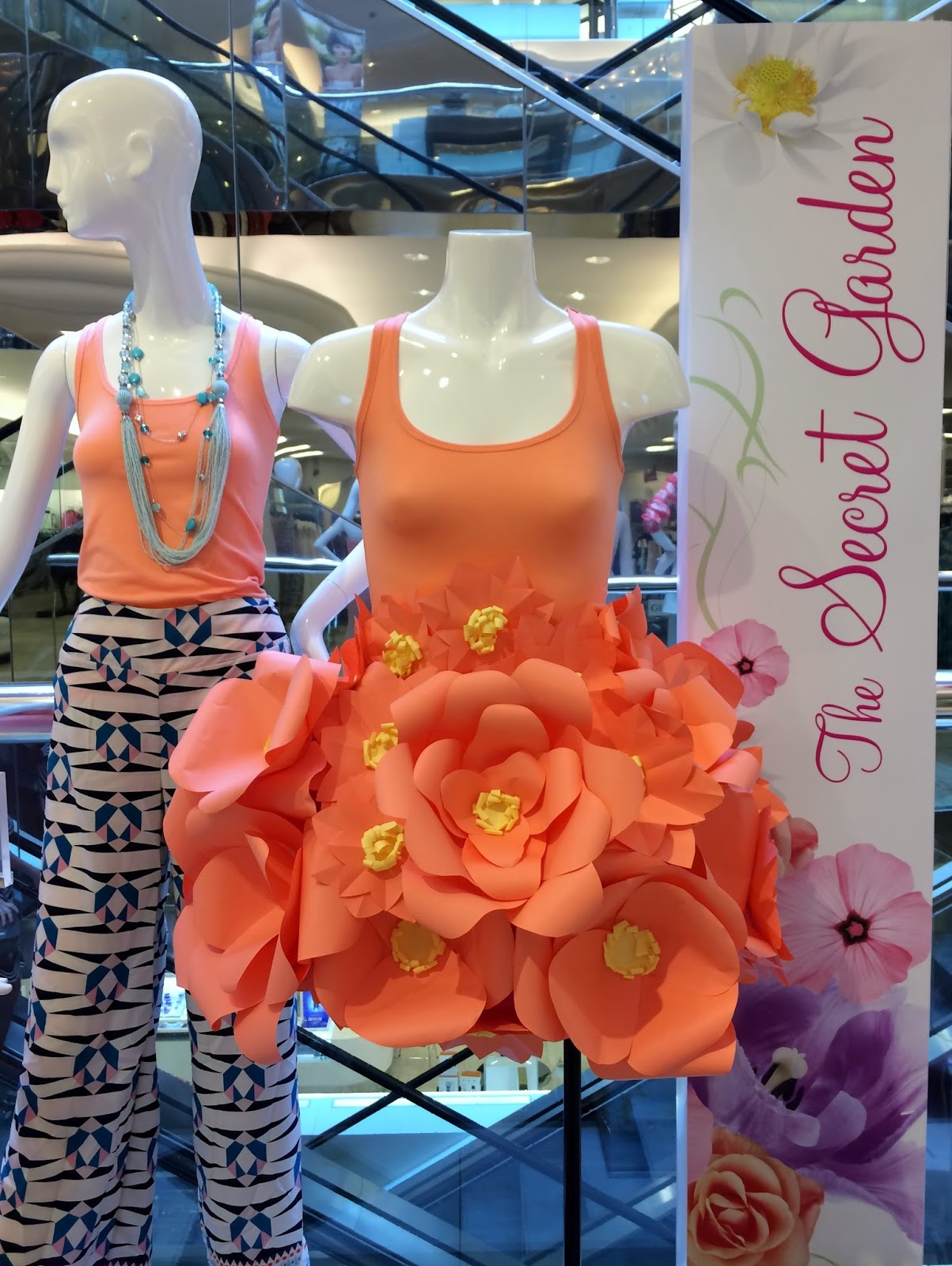 Moments of Delight...Anne Reeves: Paper Flower Dress