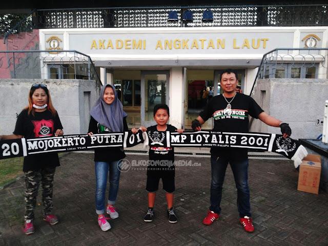Pojok Pembaca I Family Supporter PSMP Mojokerto