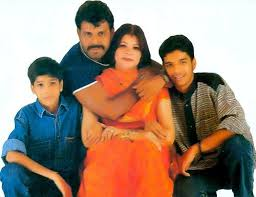 Tinu Verma Family Wife Son Daughter Father Mother Age Height Biography Profile Wedding Photos