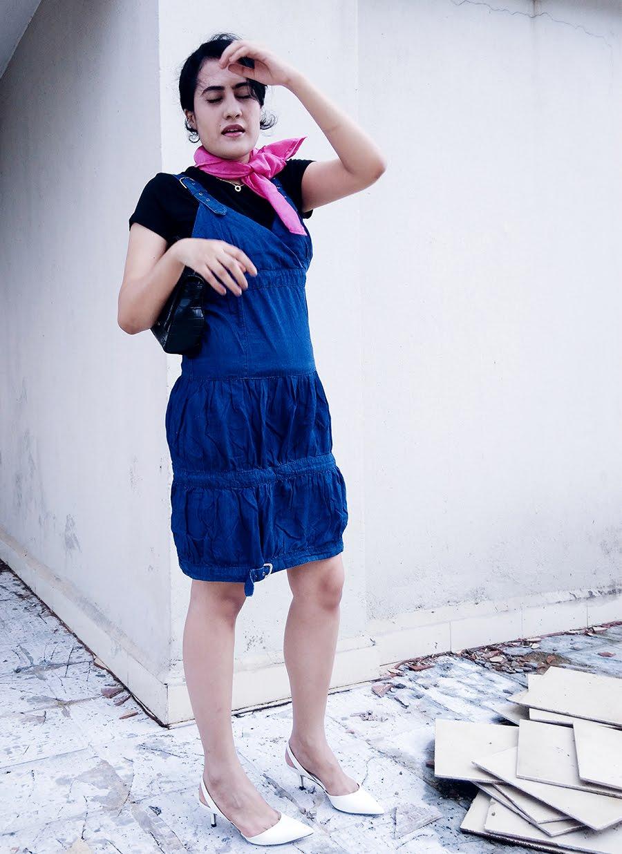 Zara Top, denim Dress, Zara White kitten Heel,Zara Bag,pink Scarf Diy,stylepanorama