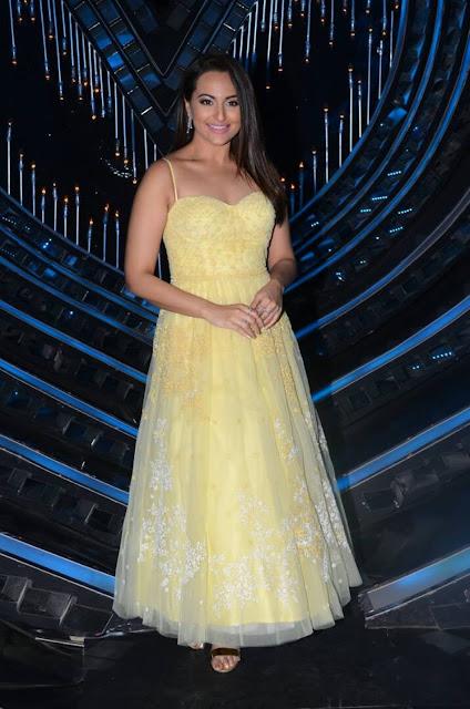 Sonakshi Sinha In Anita Dongre at Nach Baliye Sets