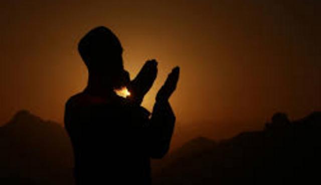 Ini 4 Penghalang Terkabulnya Doa