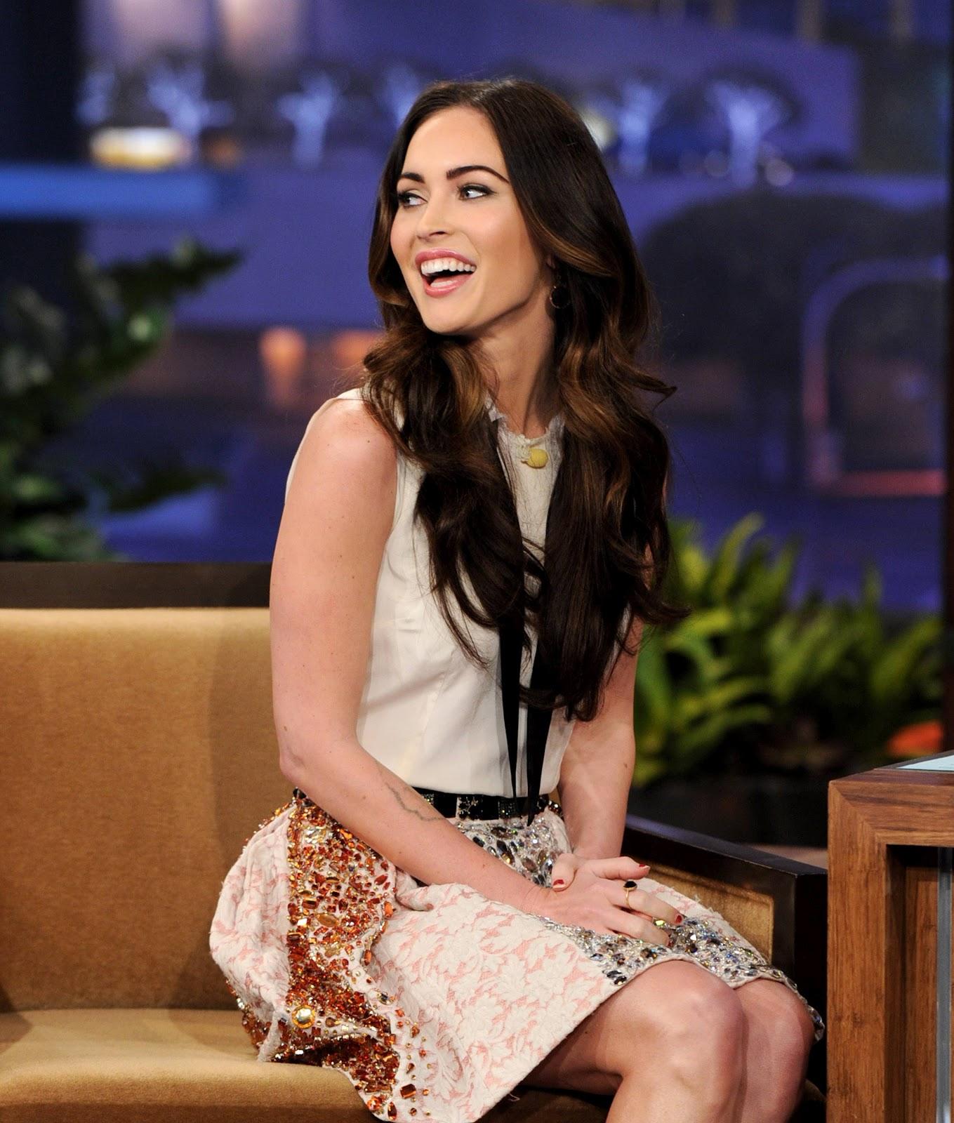 Megan Fox: Megan Fox Leggy In A Television Show