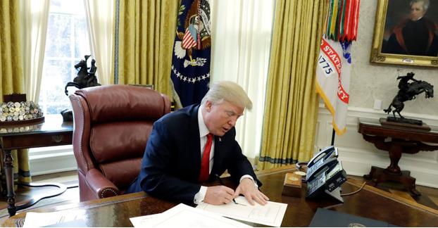 Tổng thống Mỹ Trump