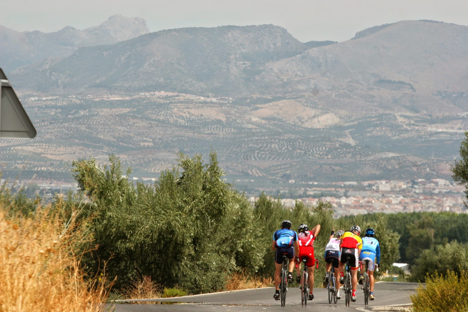 Cyclists will love the Challenge of road cycling in Granada