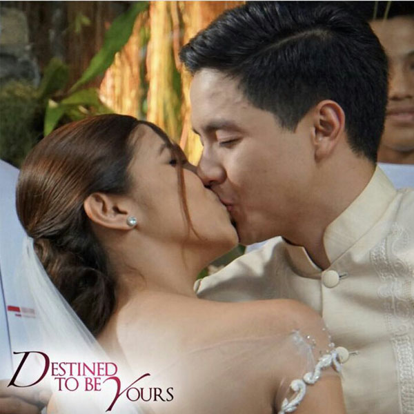 Alden Richards and Maine Mendoza lock lips in Destined To Be Yours finale episode