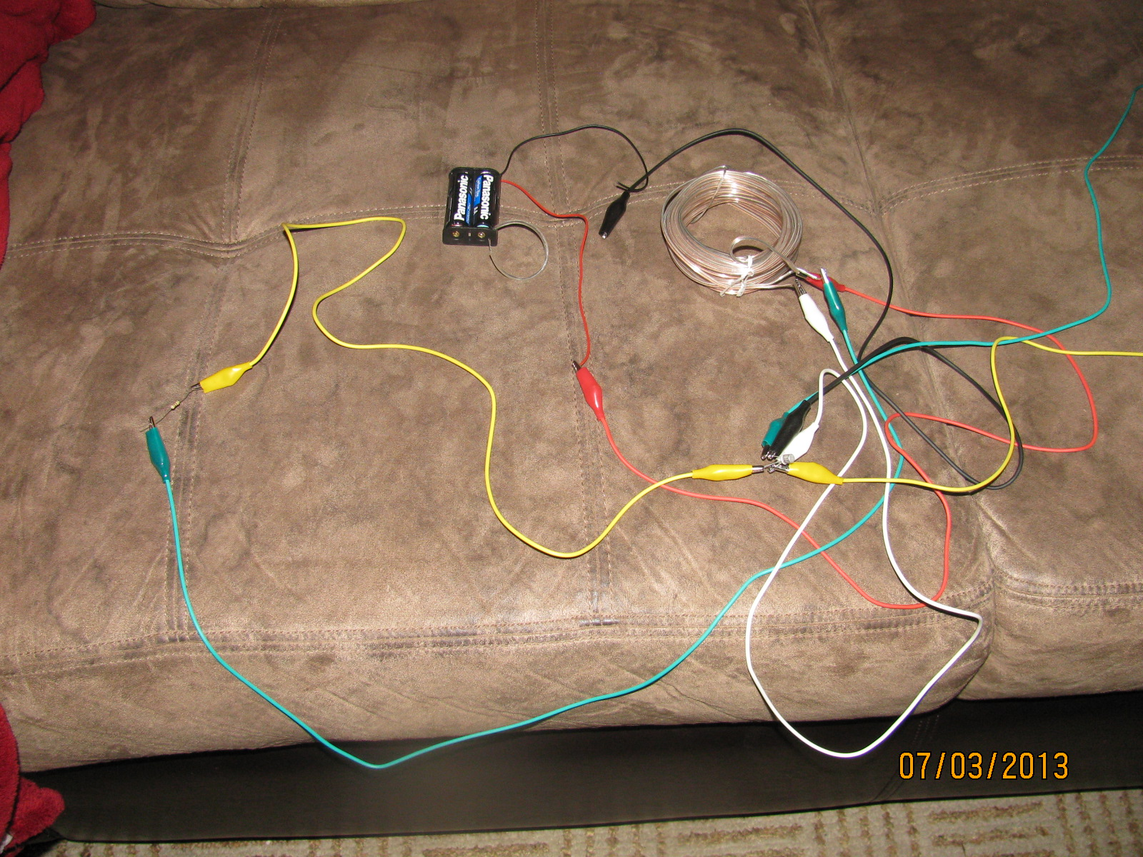 5 Watt Led Driver Circuit Diagram 2005 Ford Escape Trailer Wiring Illuminating Four 1 Leds With 5v Cell Joule Thief