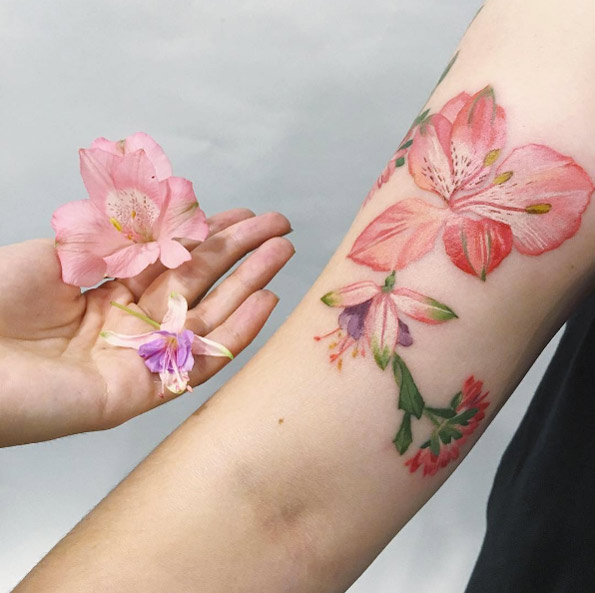 Awesome Girly Floral Tattoos