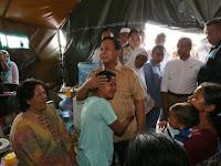 Prabowo Turun Gunung, Kunjungi Kampung 'Musuh Ahok'