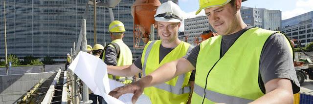 Trabajadores y construccion
