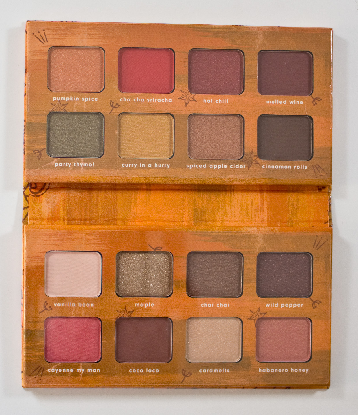 essence the NUDE edition eyeshadow palette 10 - House of