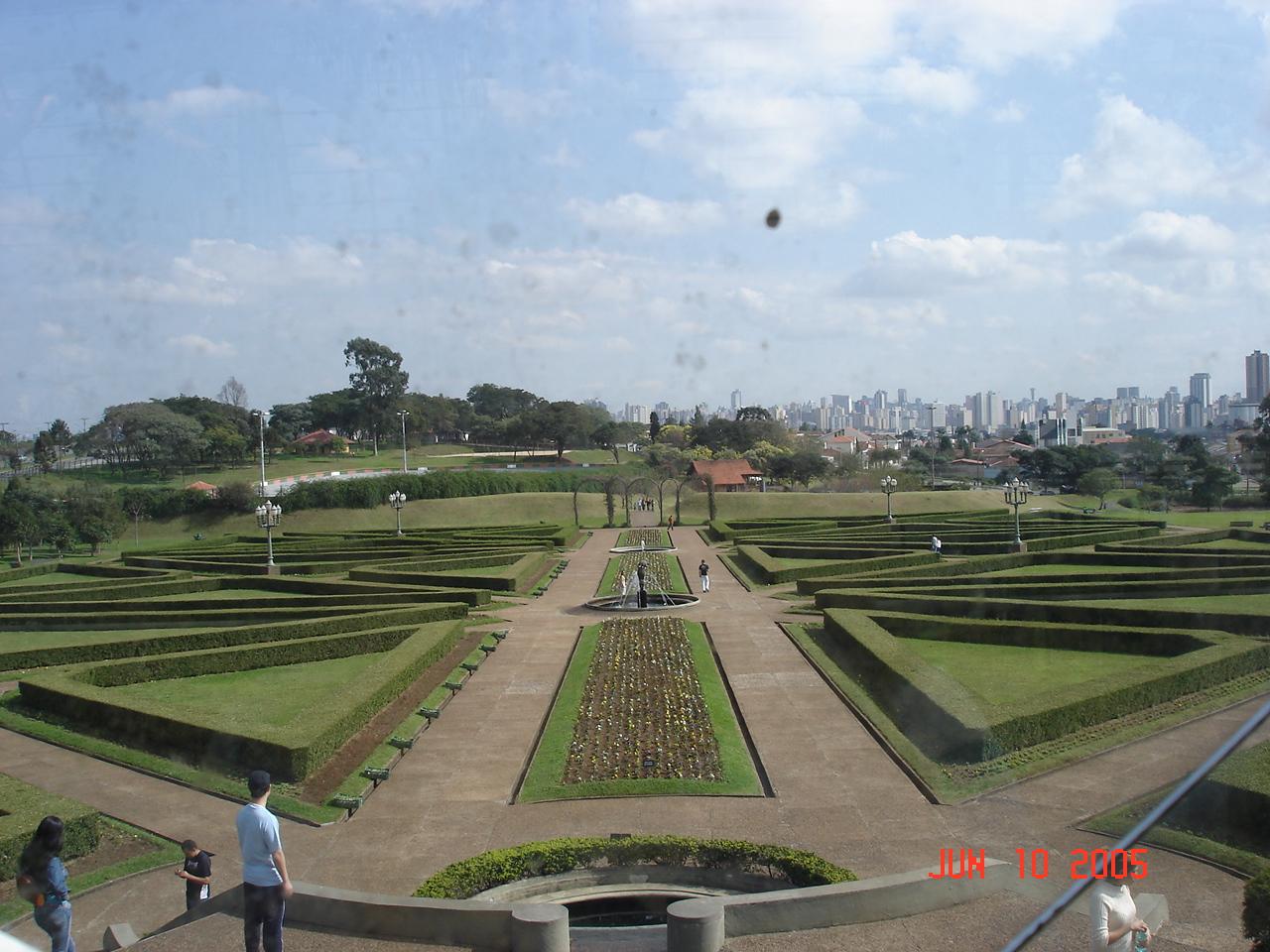 Vista do interior da estufa - Jardim Botânico de Curitiba