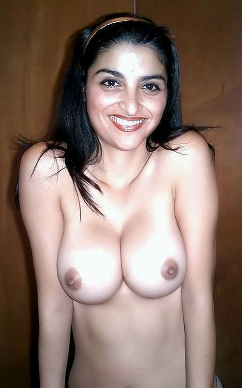 Mallu Aunty Boob Photos