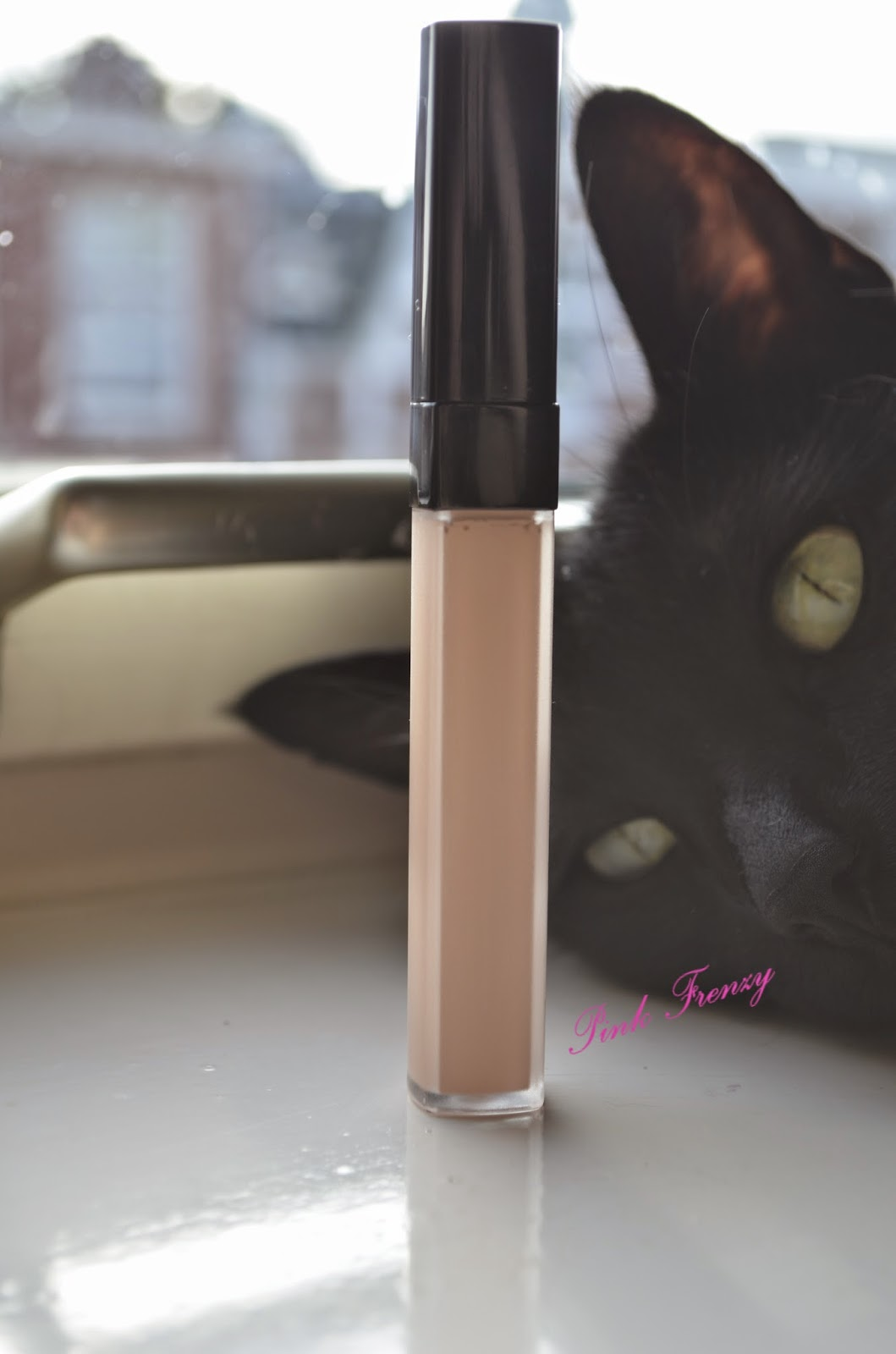 Review: Chanel Correcteur Perfection Concealer ~ Pink Frenzy